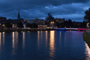 Inverness hommage France